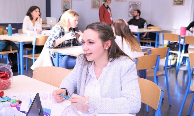 CAREER MEETING : Rencontre entre entreprises et étudiants