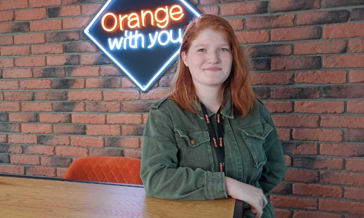 SAGA DES STAGES   Rencontre avec Caroline Ravizza-Wesquy chez Orange Luxembourg.